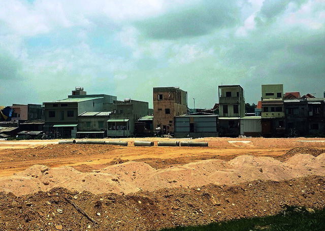 Quảng Nam rà soát dự án san lấp ruộng để phân lô bán nền - Ảnh 1.