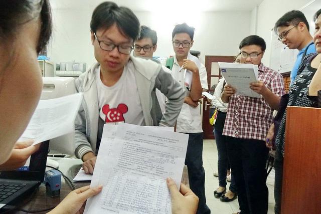Hà Nội công bố số 0902.139.764 nhận phản ảnh gian lận thi cử - Ảnh 1.