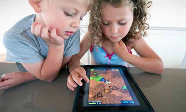 Trẻ em sử dụng thiết bị công nghệ, bao lâu là đủ? - Ảnh 2.