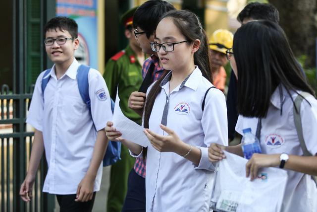 Hà Nội: Thí sinh thi lớp 10 chuyên tiếng Anh gấp 5,5 lần lịch sử - Ảnh 1.