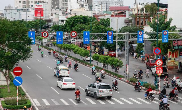 Giảm tốc độ ôtô: Tai nạn giao thông sẽ giảm? - Ảnh 1.