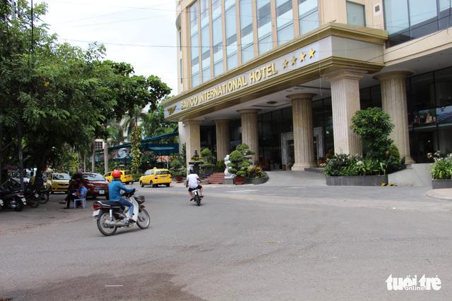 Khánh Hòa xử lý 16 khách sạn không đủ điều kiện kinh doanh - Ảnh 1.