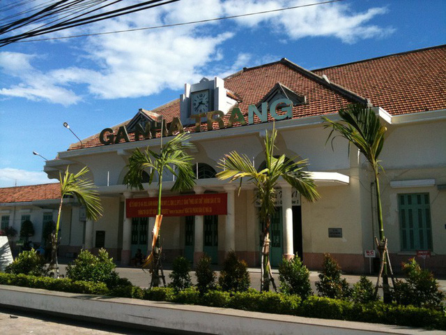 Báo cáo vụ hai tàu suýt tông nhau ở ga Nha Trang trước 20-7 - Ảnh 1.