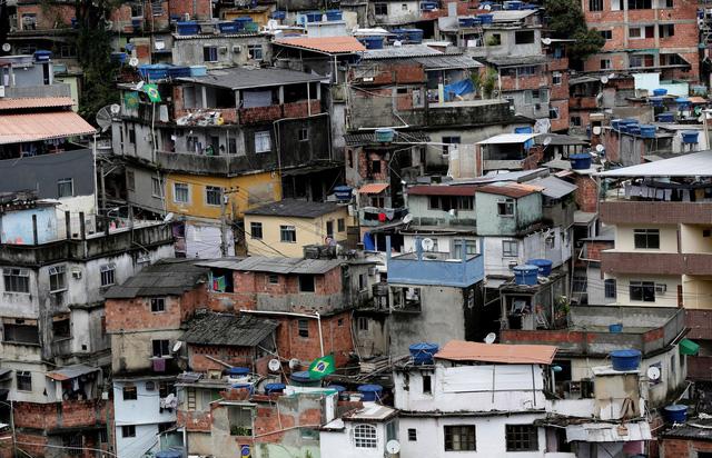Giá nhà tăng quá cao, cả tỉ người đang sống khu ổ chuột - Ảnh 3.