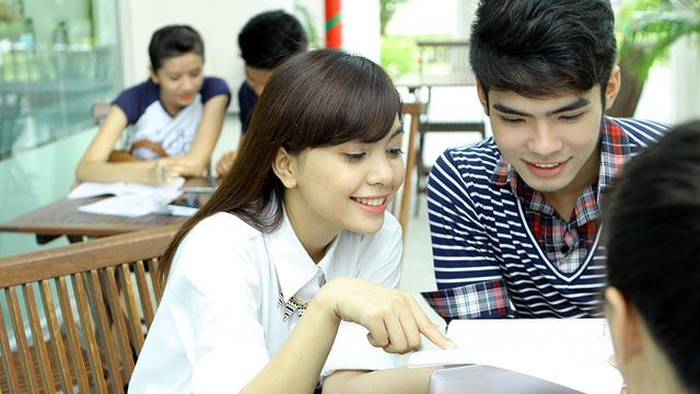 Xét học bạ THPT, thêm cơ hội trúng tuyển vào ĐH Tài Chính - Marketing - Ảnh 1.