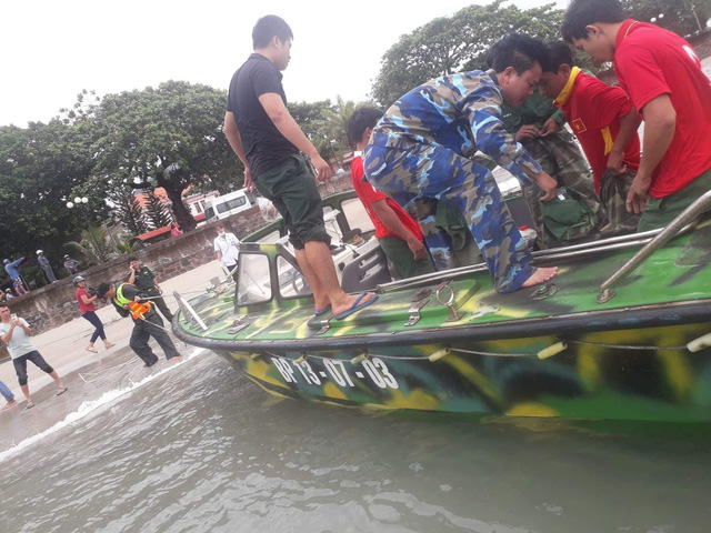 Chìm tàu cá ở Côn Đảo, hai ngư dân mất tích - Ảnh 1.
