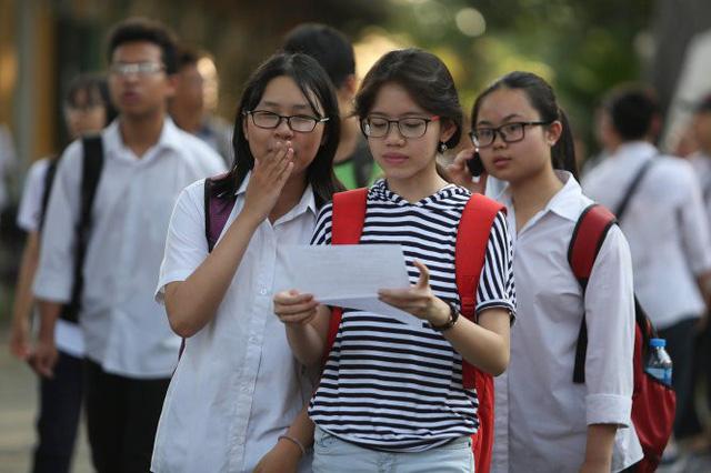 Hà Nội dự kiến 3 phương án tuyển sinh lớp 10 - Ảnh 1.