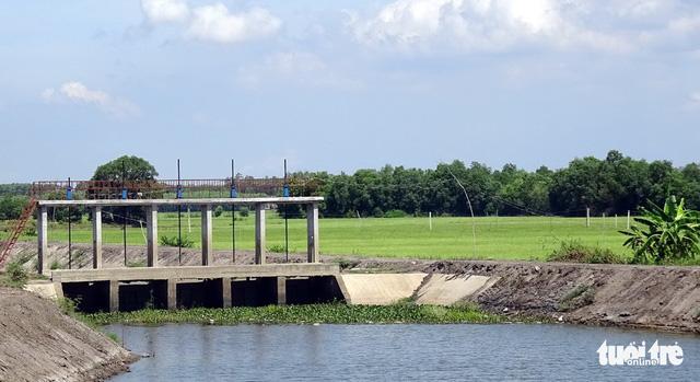 Đề nghị Hồ Tràm tìm địa điểm mới xây sân bay Lộc An - Ảnh 1.