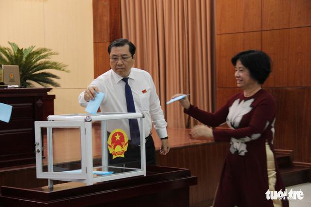 Ông Đặng Việt Dũng quay lại ghế phó chủ tịch UBND Đà Nẵng - Ảnh 1.
