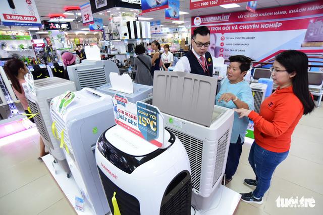 Cục thuế nói gì vụ truy thu, phạt Nguyễn Kim hơn 148 tỉ? - Ảnh 1.