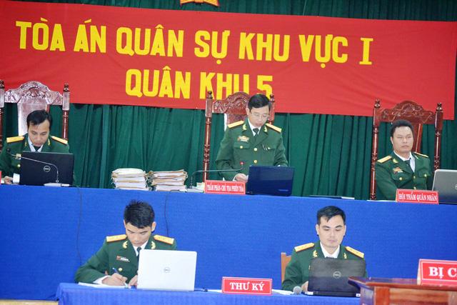 Xét xử 21 bị cáo trong vụ phá rừng pơ mu ở Quảng Nam - Ảnh 3.