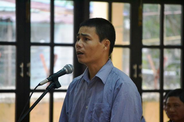 Nguyên đại úy biên phòng khai chỉ khai thác gỗ ở bên Lào - Ảnh 2.
