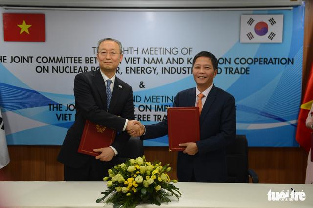 Việt - Hàn lập đầu mối xử lý khó khăn cho doanh nghiệp - Ảnh 1.