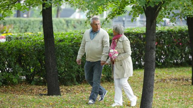 Sức khỏe người cao tuổi trong mùa xuân - Ảnh 1.