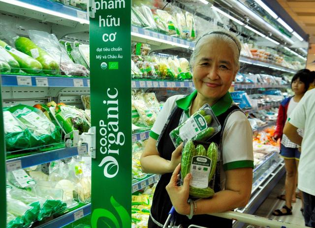 Hệ thống siêu thị Co.opmart và Co.opXtra cam kết giảm giá hơn 5.000 sản phẩm tết - Ảnh 2.