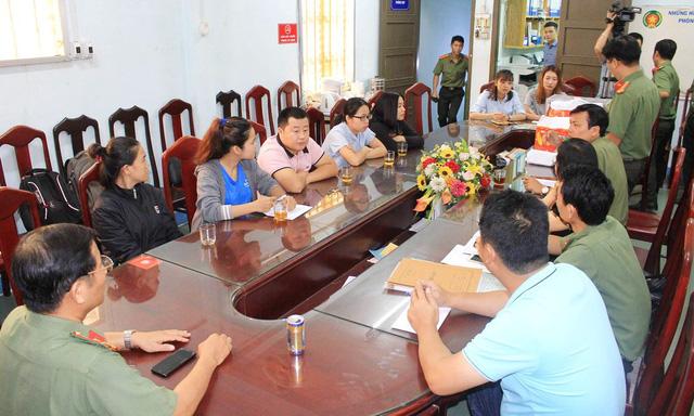 Phát hiện người Trung Quốc làm du lịch chui tại Nha Trang - Ảnh 1.