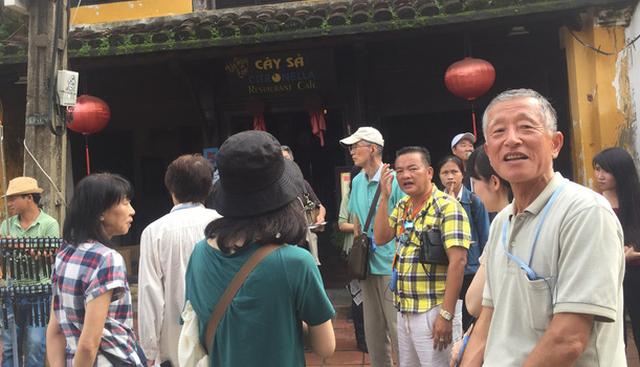 Cứ 3 khách quốc tế đến Việt Nam có 1 từ Trung Quốc - Ảnh 1.