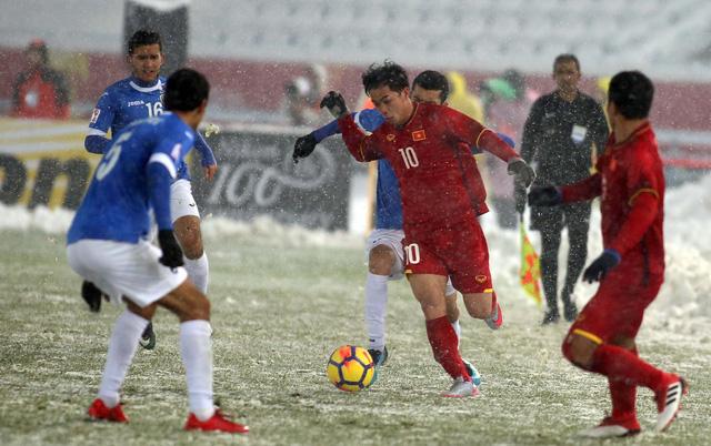Xin hãy để cho cầu thủ U23 Việt Nam... được nghỉ! - Ảnh 1.