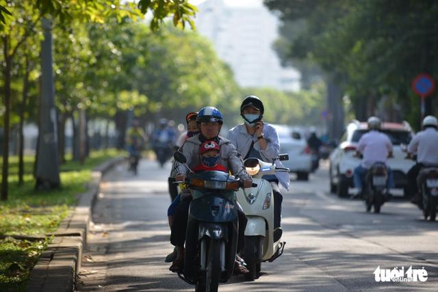 Hôm nay không khí lạnh ảnh hưởng Sài Gòn - Ảnh 1.