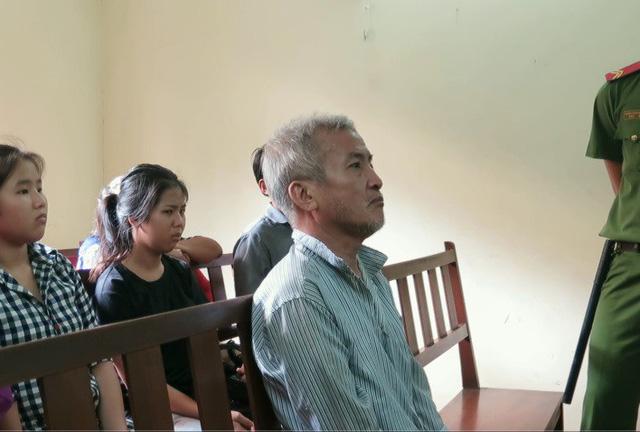 Người chồng đánh chết tài xế vì ghen nhận án 14 năm tù - Ảnh 1.