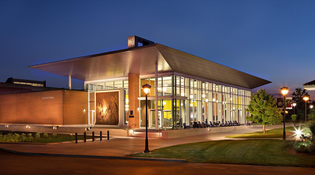 Cơ hội học bổng 100% tại trường Marian University, Indianapolis, Mỹ - Ảnh 3.
