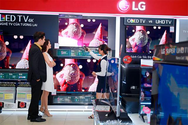 Lựa chọn TV LG 4K: chất từ công nghệ đến quà tặng - Ảnh 1.