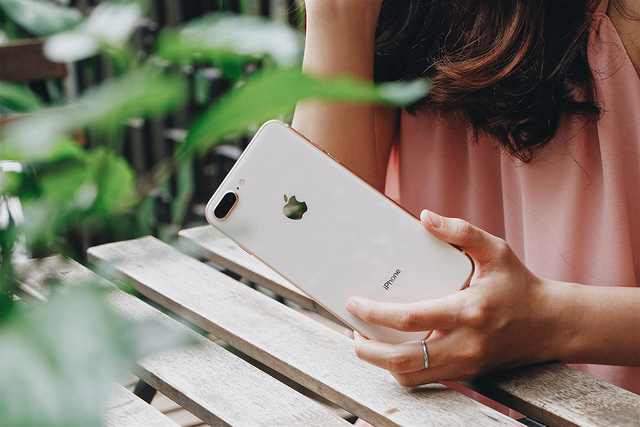 Cơ hội trúng Mazda CX5 khi mua iPhone X tại FPT Shop - Ảnh 2.