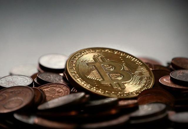 Hàn Quốc cấm giao dịch tiền điện tử trong nước - Ảnh 1.
