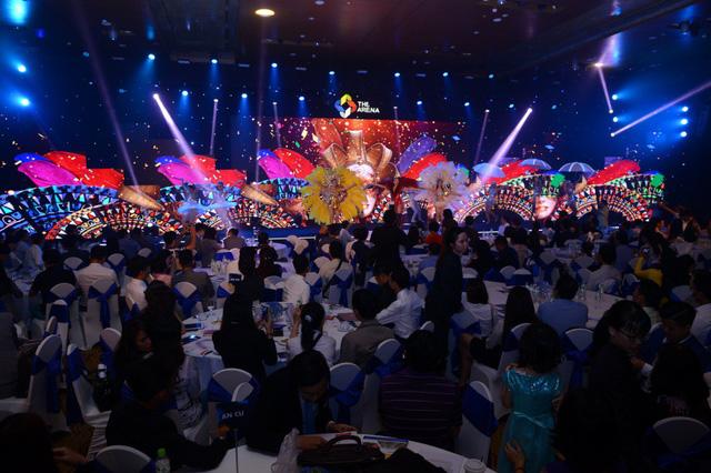 Gần 500 khách hàng TP.HCM tham dự lễ ra mắt The Arena - Ảnh 2.