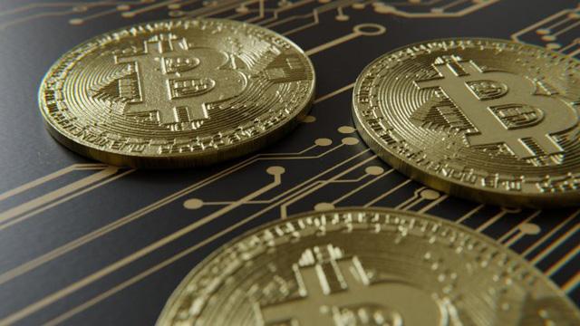 Chuyên gia Wall Street dự báo: Bitcoin sẽ xuống còn 1.000 USD - Ảnh 1.