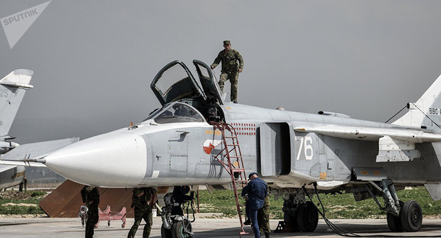 Matxcơva ám chỉ Mỹ hỗ trợ tấn công căn cứ Nga - Ảnh 4.