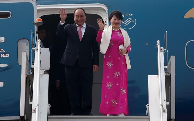 Thủ tướng Nguyễn Xuân Phúc đến Ấn Độ, dự Hội nghị cấp cao - Ảnh 1.
