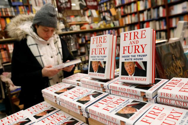 3 lý do để nghi ngờ quyển sách đang chọc giận ông Trump - Ảnh 1.