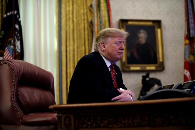 Ông Trump nài nỉ nghị sĩ Dân chủ bỏ phiếu mở cửa chính phủ - Ảnh 2.
