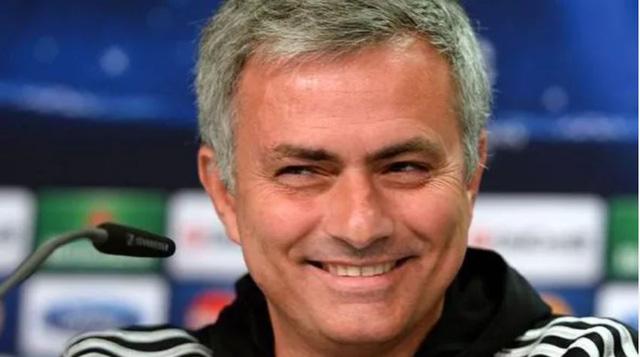 Mourinho tái xuất với vai trò bình luận viên ở Asian Cup 2019 - Ảnh 1.
