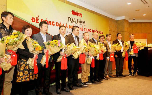 Hành động để bóng đá Việt Nam tham gia World Cup - Ảnh 1.