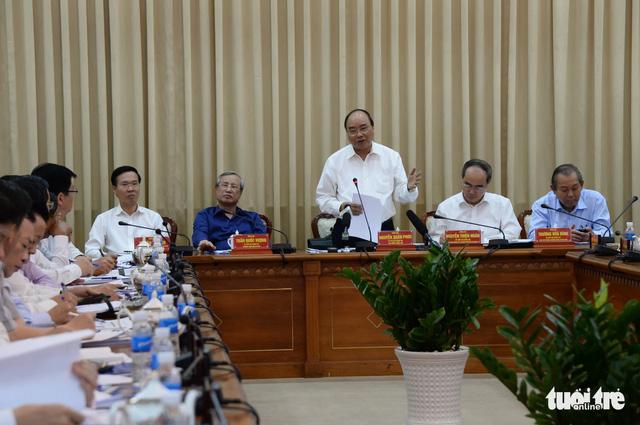 Thủ tướng làm việc với TP.HCM: Rà soát nhà đất công - Ảnh 1.