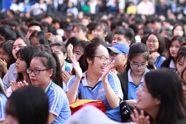 Sôi nổi ngày hội tư vấn tuyển sinh - hướng nghiệp 2019 tại Đà Nẵng - Ảnh 5.
