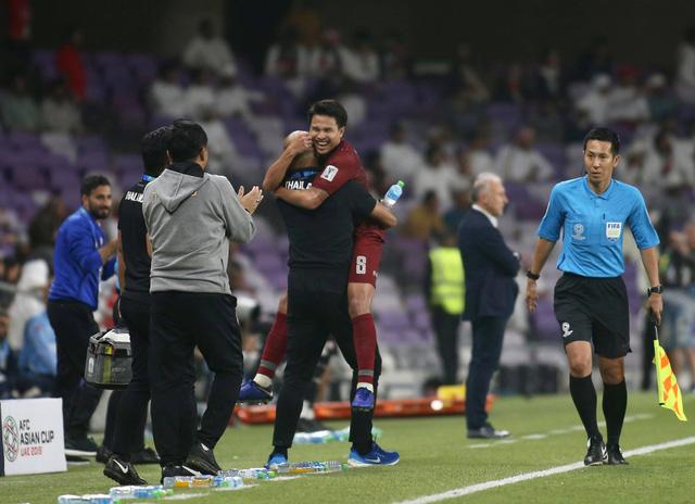 Hòa UAE, Thái Lan giành vé trực tiếp vào vòng 16 đội - Ảnh 1.