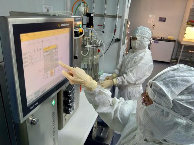 Sẵn sàng cung ứng văcxin cúm mùa của VN cho cộng đồng - Ảnh 2.