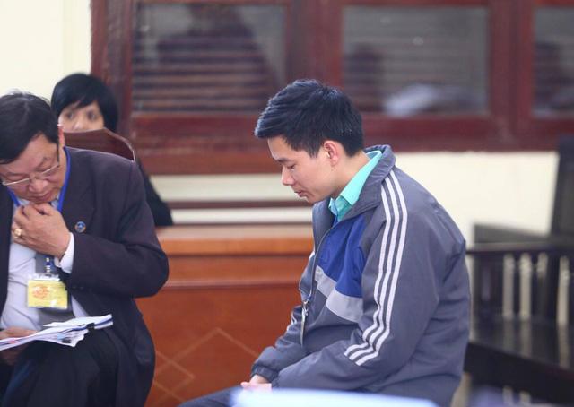 Hoàng Công Lương xin giữ quyền im lặng tại toà - Ảnh 1.