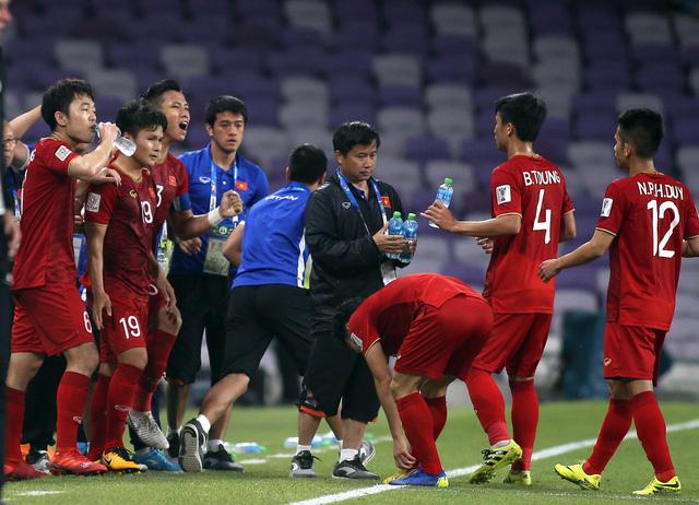 Tiền vệ Quang Hải: Bàn thắng mở tỉ số đã giải tỏa áp lực cho toàn đội - Ảnh 1.