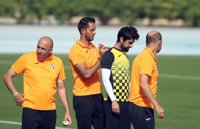 Buổi tập chuyên nghiệp của đội tuyển Jordan - Ảnh 4.