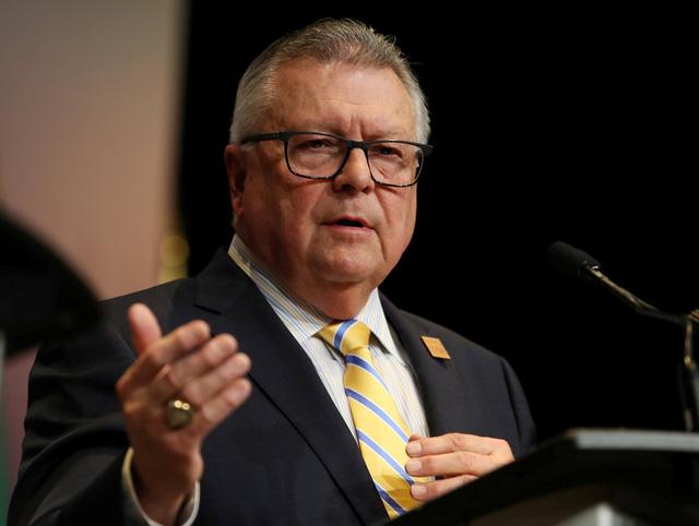 Canada sẽ tạm dừng đàm phán tự do thương mại với Trung Quốc - Ảnh 1.