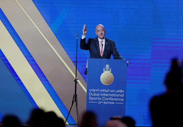 FIFA muốn 'láng giềng' hỗ trợ Qatar tổ chức World Cup 48 đội lần đầu tiên - Ảnh 1.