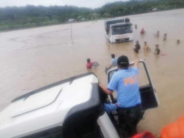 85 người chết vì lở đất và lũ lụt ở Philippines - Ảnh 1.