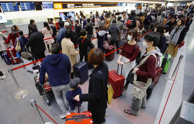 Du khách ra khỏi Nhật sẽ đóng gần 10 USD thuế rời đi  - Ảnh 1.