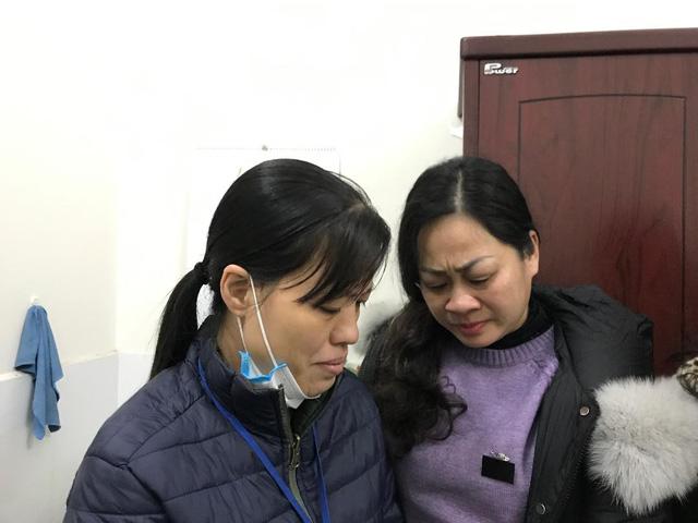 Gia đình người hiến phổi và nhận phổi gặp nhau, chứa chan nước mắt tình người - Ảnh 1.