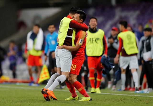 Thái Lan thua Trung Quốc, Việt Nam giương cao ngọn cờ Đông Nam Á - Ảnh 2.