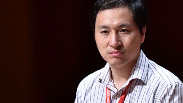 Nhà khoa học chỉnh sửa gen Trung Quốc: tưởng người hùng, hóa tội đồ - Ảnh 1.